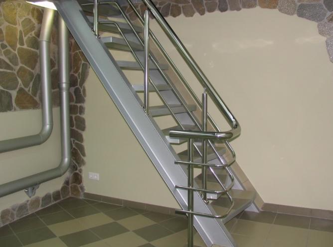 Изготовление перил для лестниц