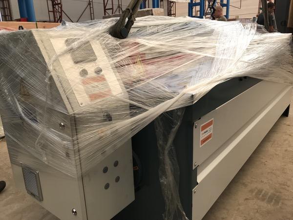 Производство вентиляционных систем. Компания ТР-Пром произвела успешную поставку гильотины в г. Рязань